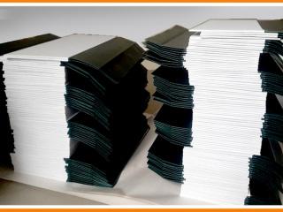 arhivnye-papki-s-klapanami-min